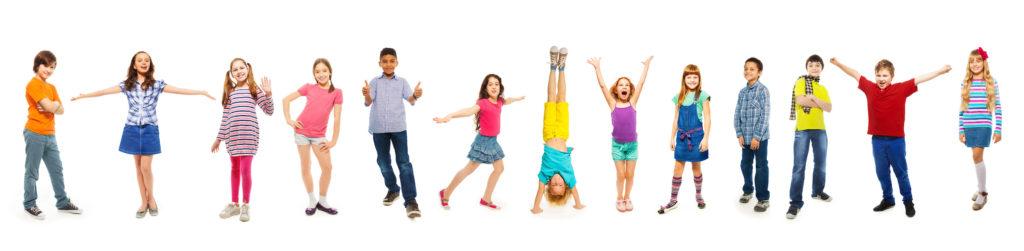 Дети в детском центре