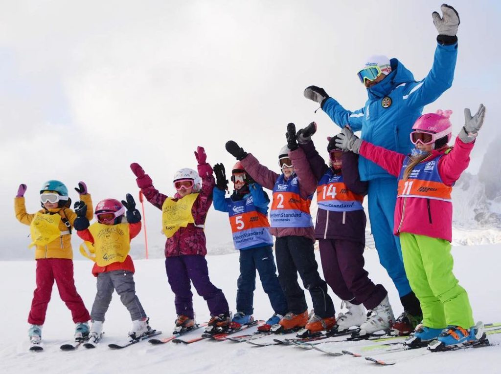 Детская горнолыжная школа в Италии