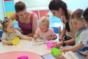 Занятие по раннему развитию в центре Анны Новик