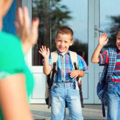 отток клиентов в детском центре